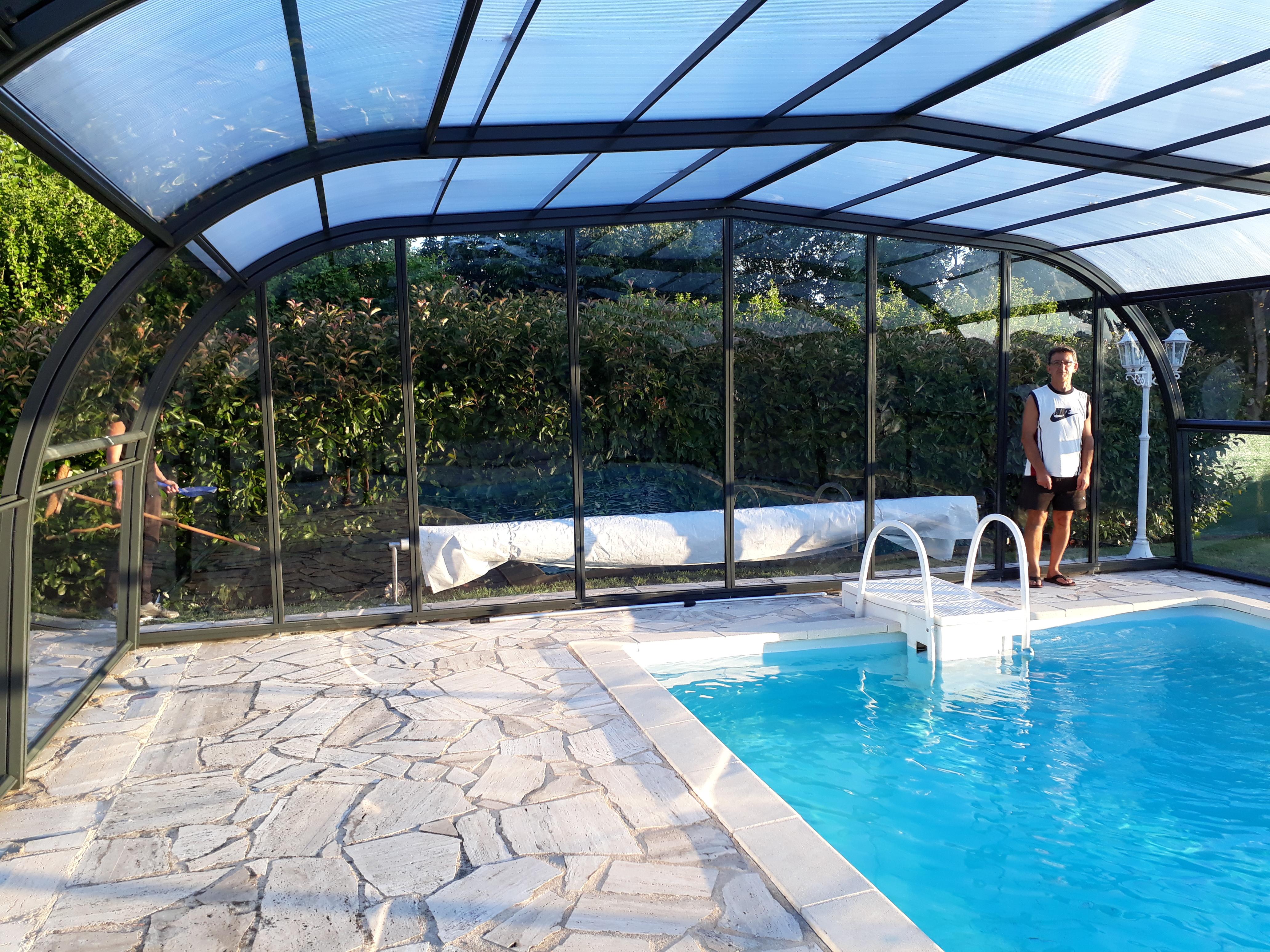 abri piscine 42