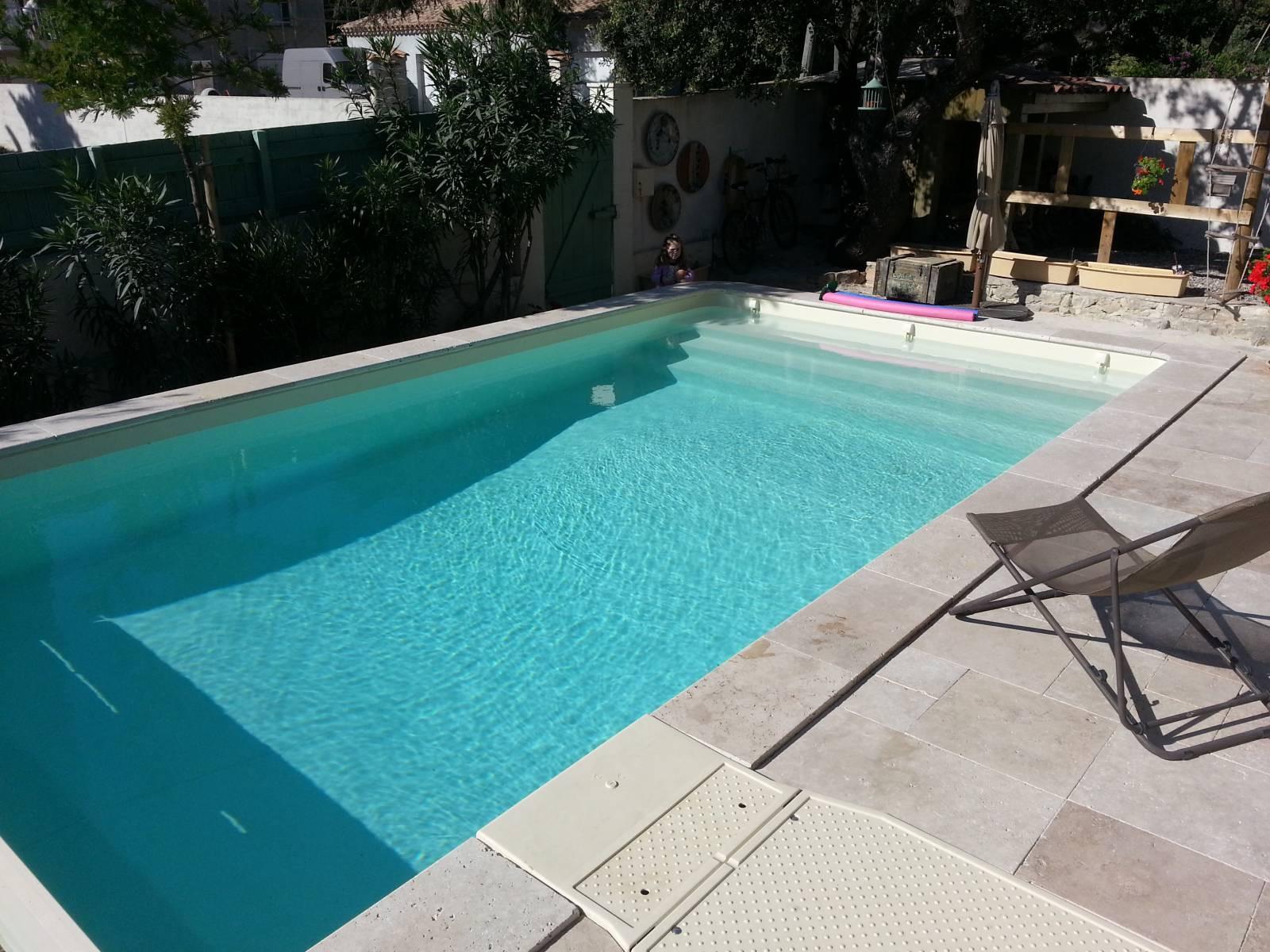 abri piscine 7x3. Black Bedroom Furniture Sets. Home Design Ideas