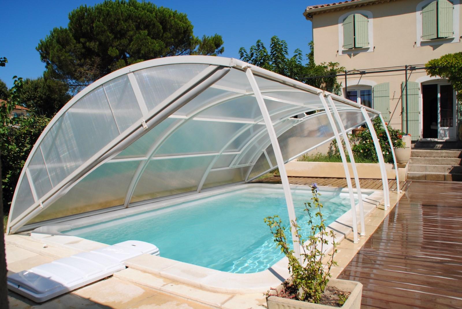 abri piscine a istres