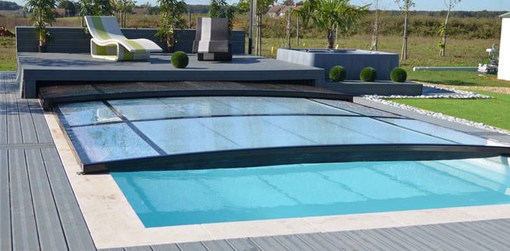 abri piscine chauffant