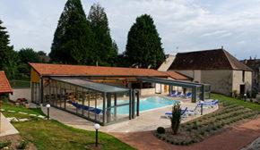 abri piscine d'exposition