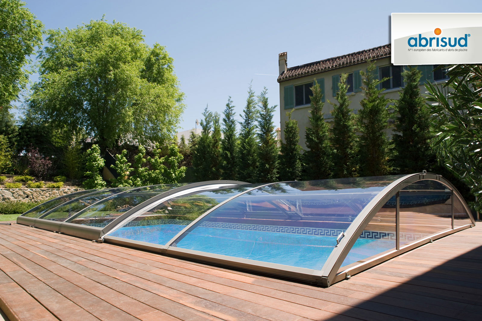 abri piscine design
