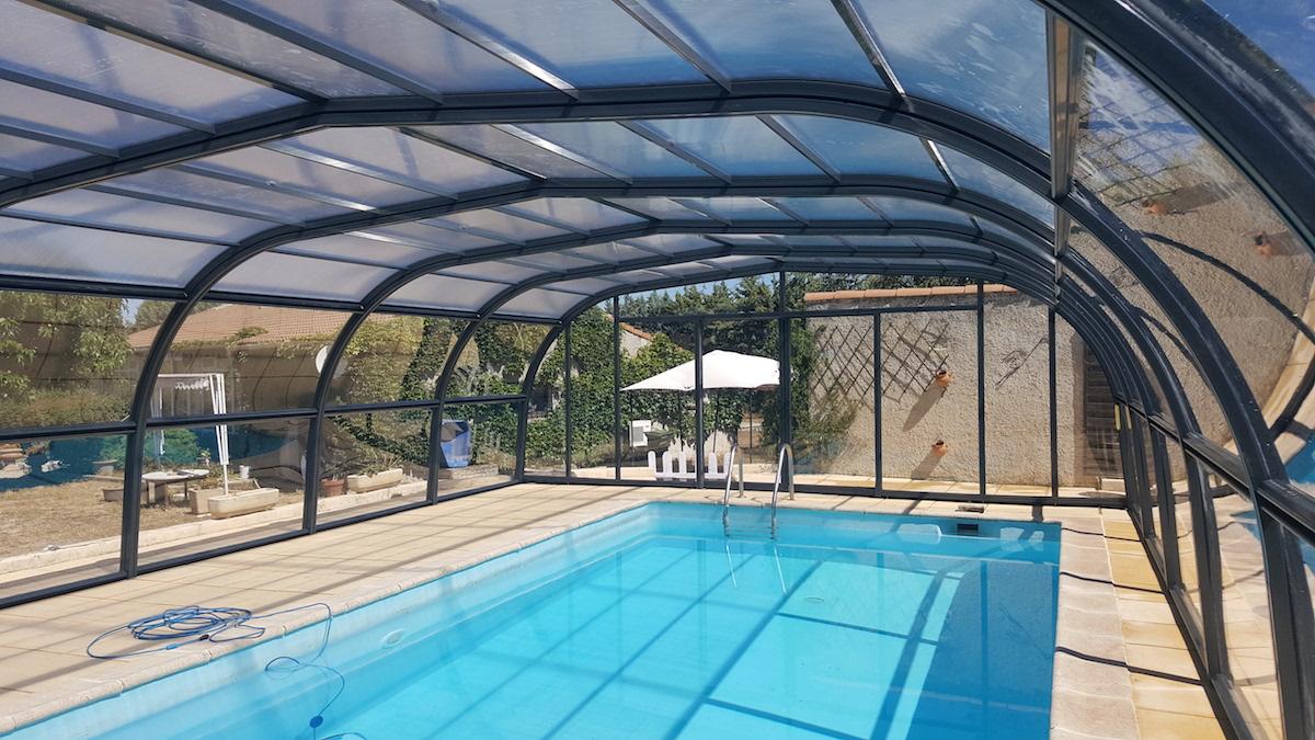 abri piscine gard