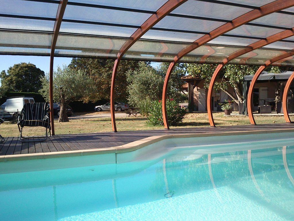 abri piscine herault