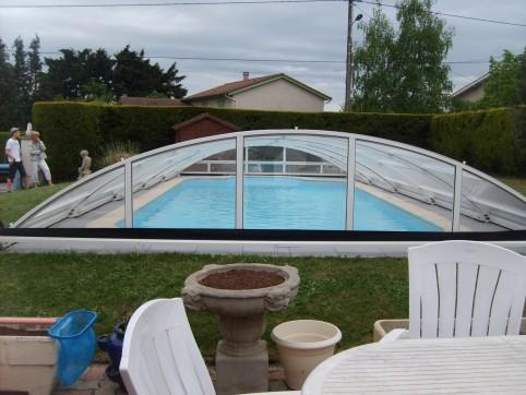 abri piscine montbrison