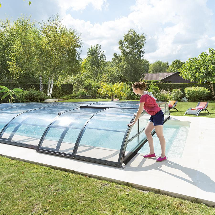 abri piscine niort