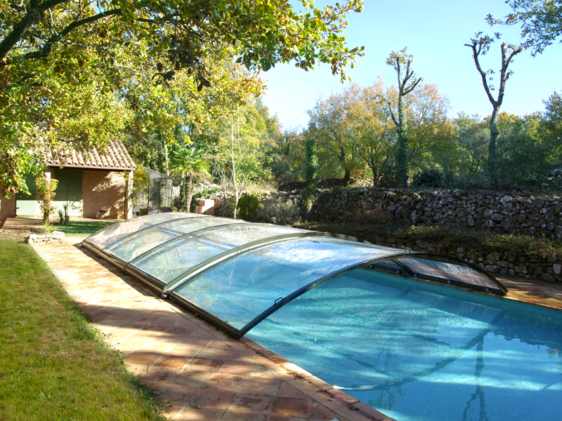 abri piscine semi coulissant