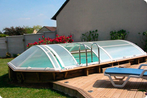 abri piscine semi enterree