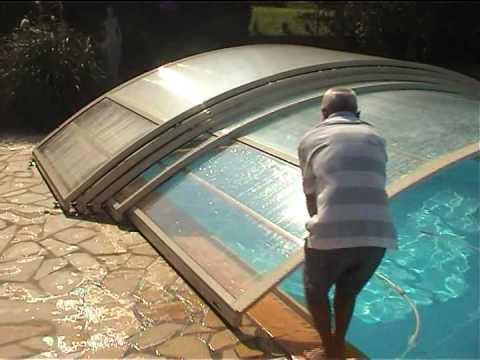 abri piscine sur roulettes