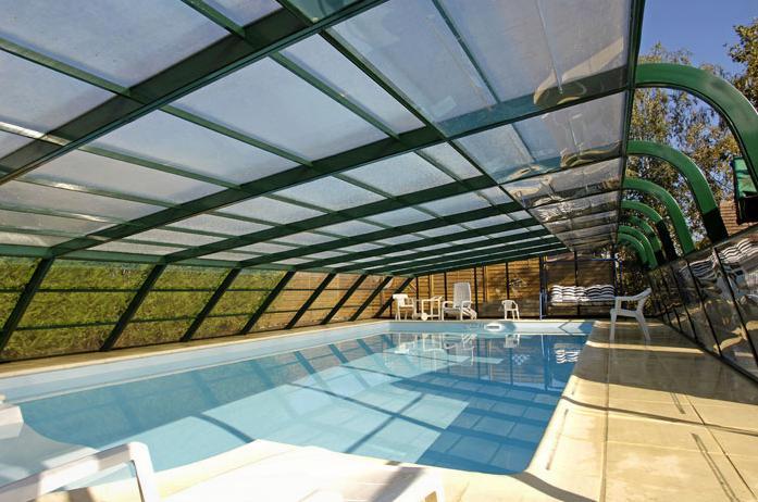 abri piscine usine
