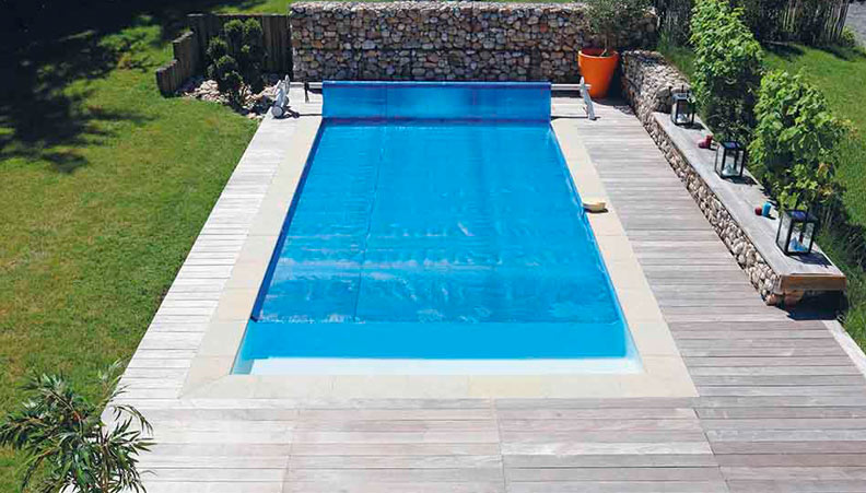 bache piscine 974