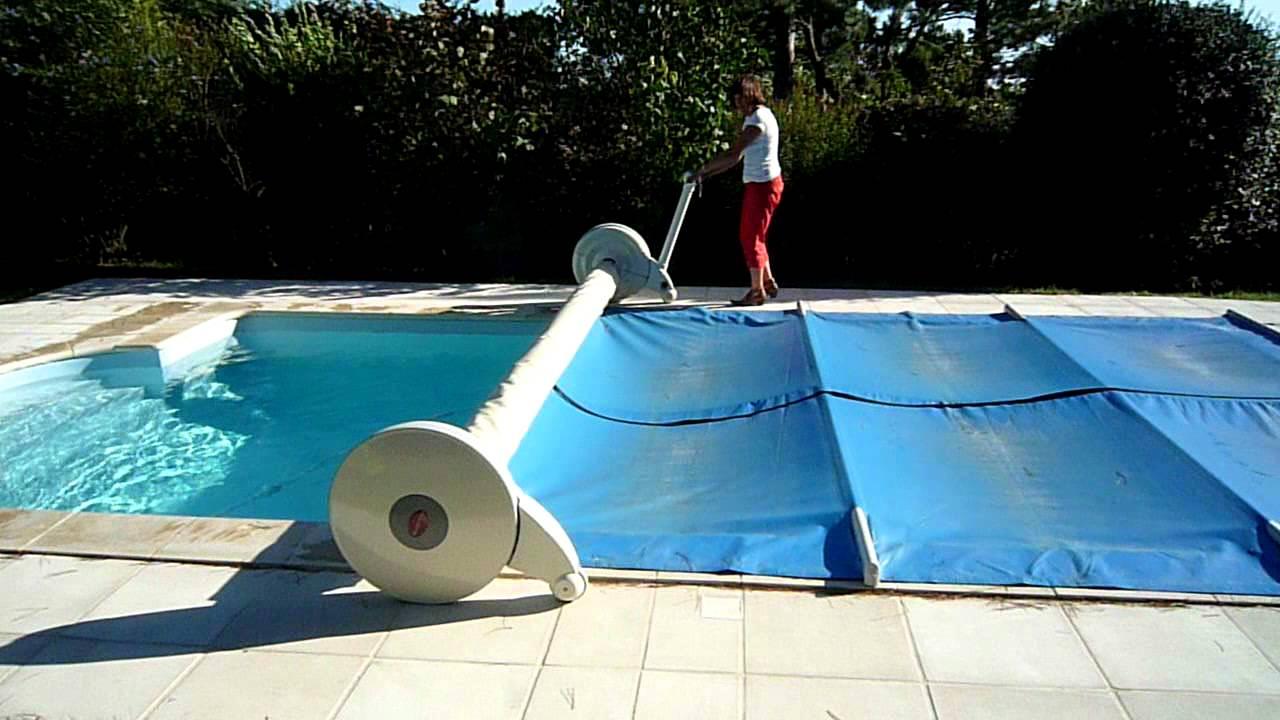 Bache piscine a barre electrique Enrouleur bache piscine electrique