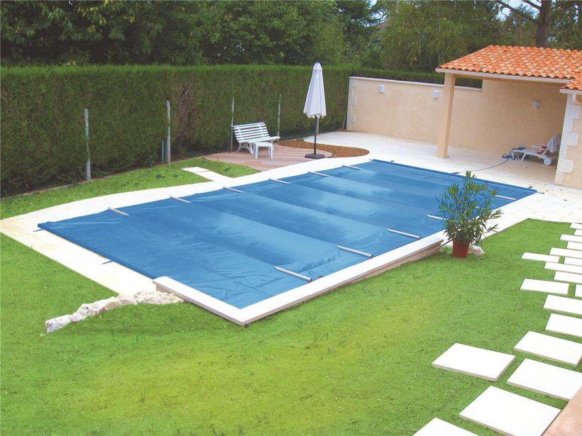 bache piscine barre
