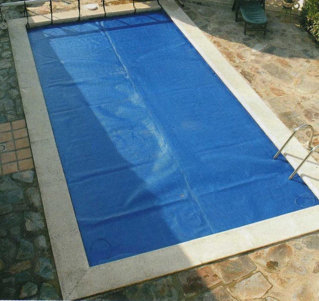 bache piscine bulle