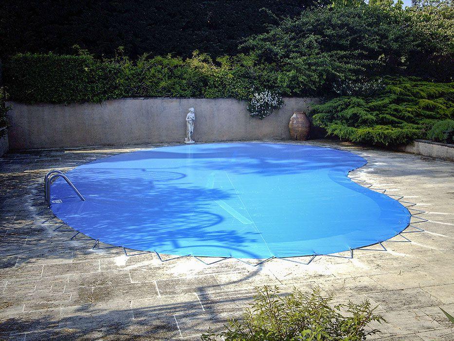 bache piscine forme haricot