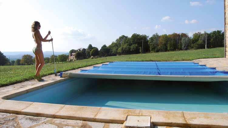 bache piscine hiver pas cher