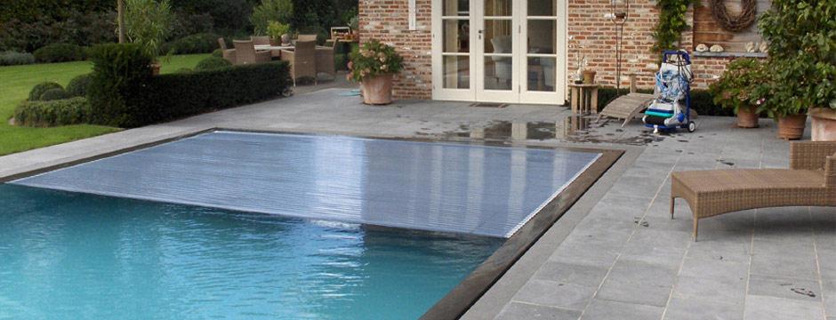 bache piscine immergee