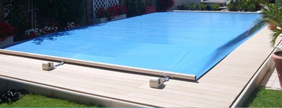 bache piscine motorisee. Black Bedroom Furniture Sets. Home Design Ideas