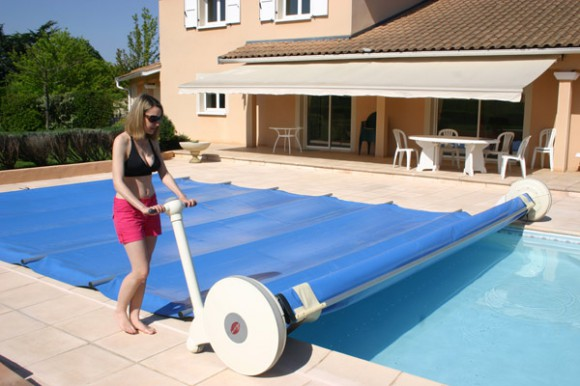 bache piscine municipale. Black Bedroom Furniture Sets. Home Design Ideas