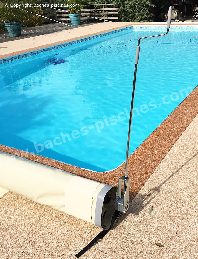 Bache piscine nort sur erdre for Bache piscine prix