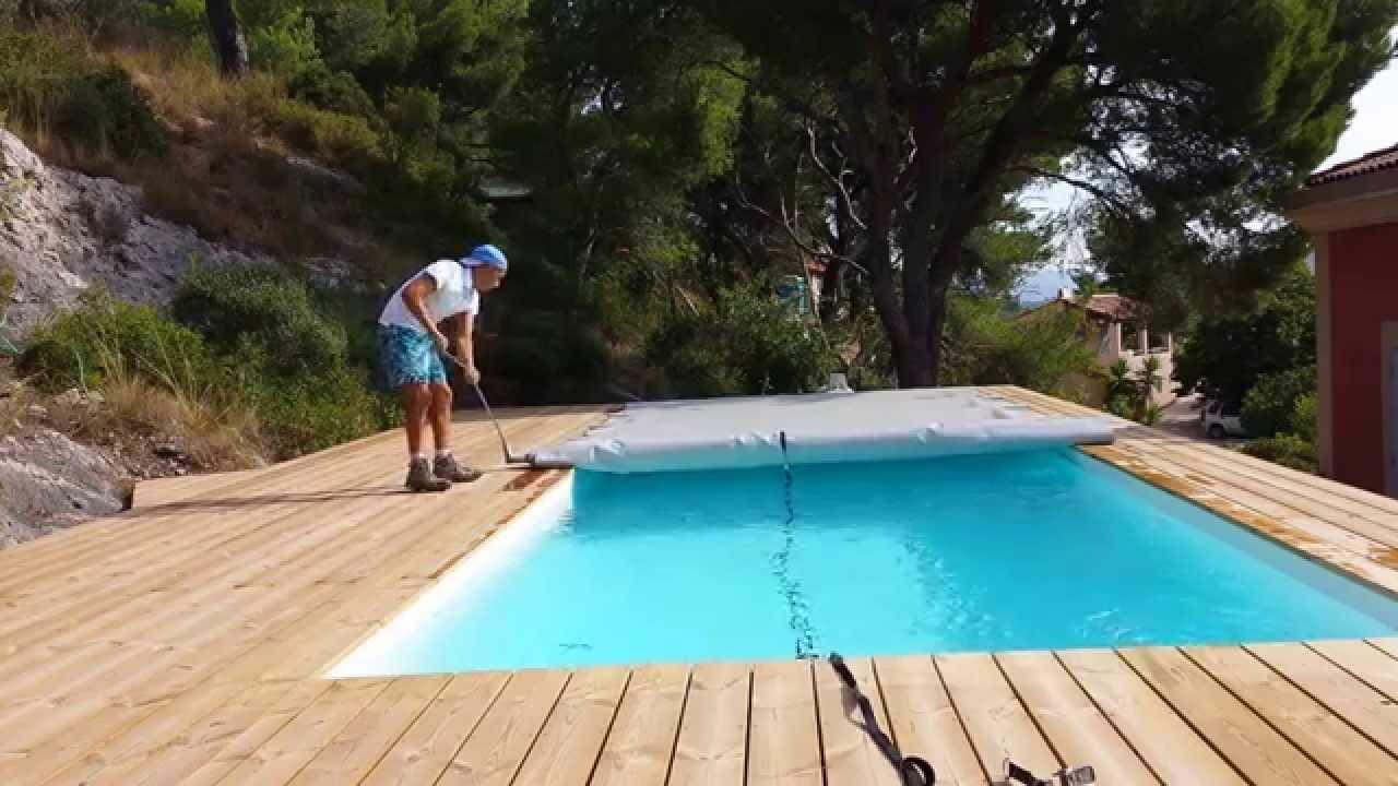bache piscine ovoide