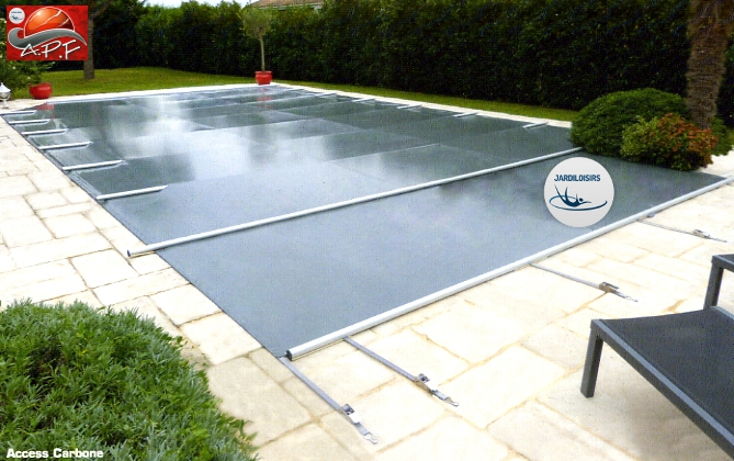 bache piscine securite 4 saisons