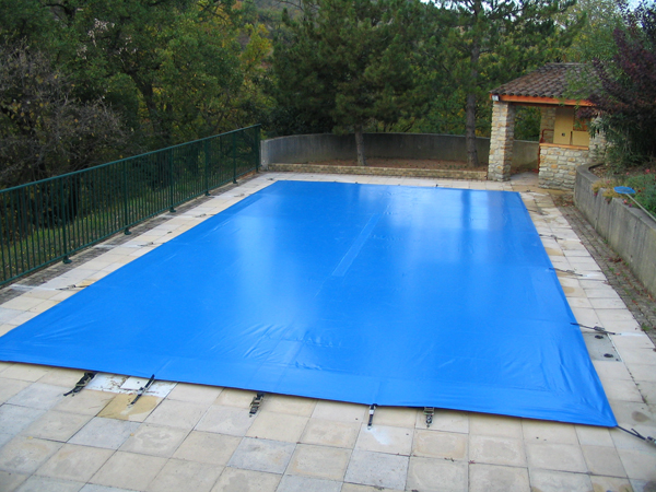 bache piscine var