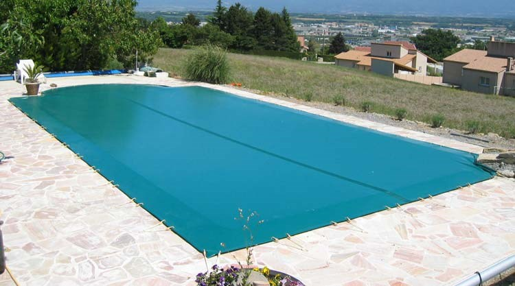 bache piscine var