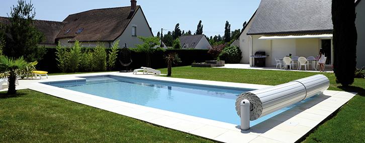 volet piscine abriblue. Black Bedroom Furniture Sets. Home Design Ideas