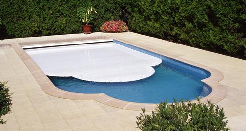 volet piscine automatique