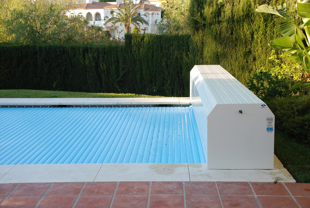 volet piscine avec coffre