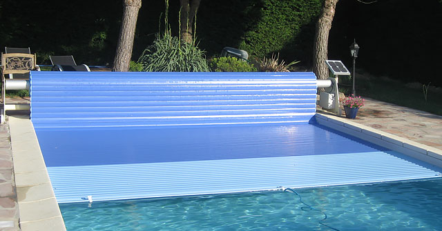 volet piscine bloque