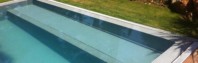 volet piscine caillebotis immerge