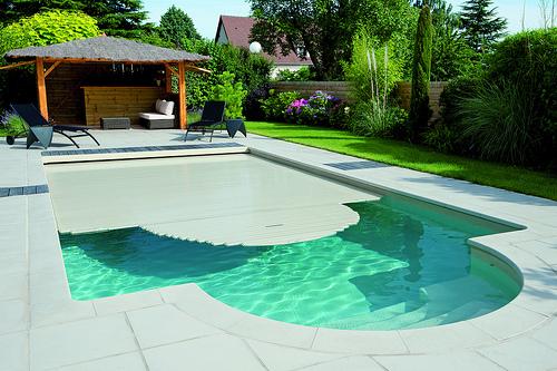 volet piscine desjoyaux