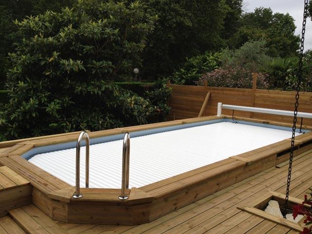 volet piscine en bois
