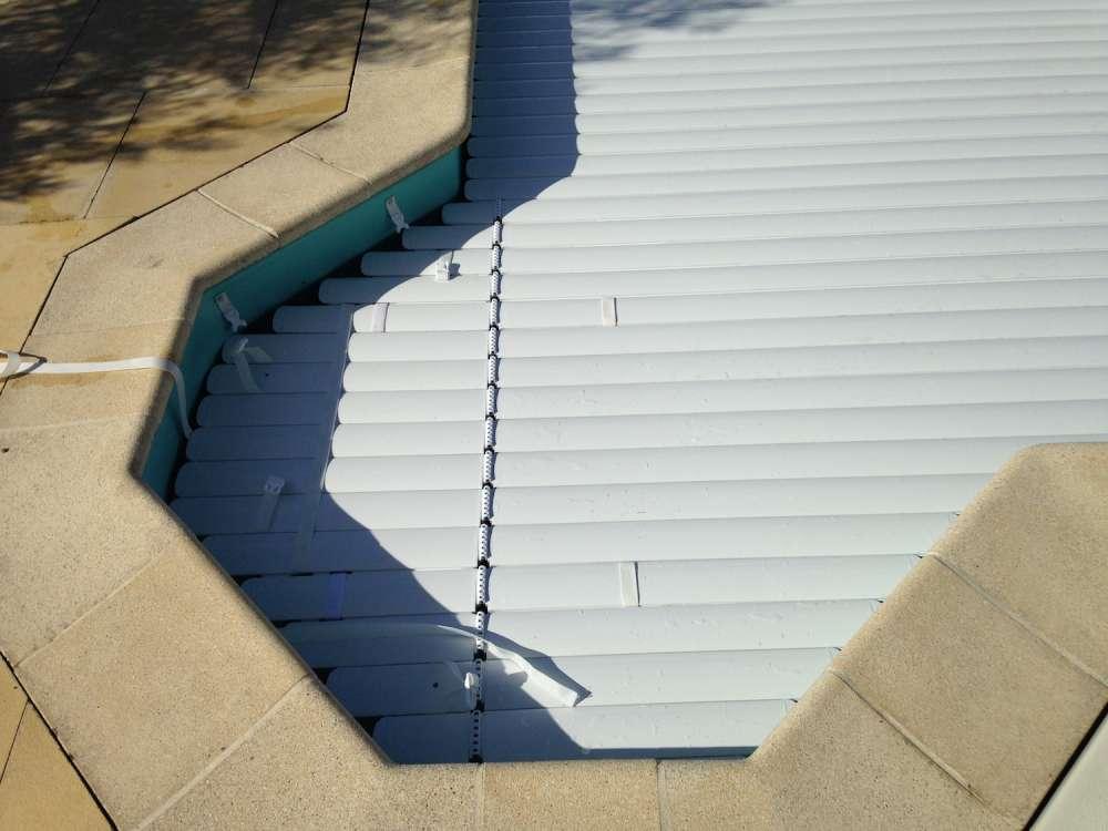volet piscine escalier lateral
