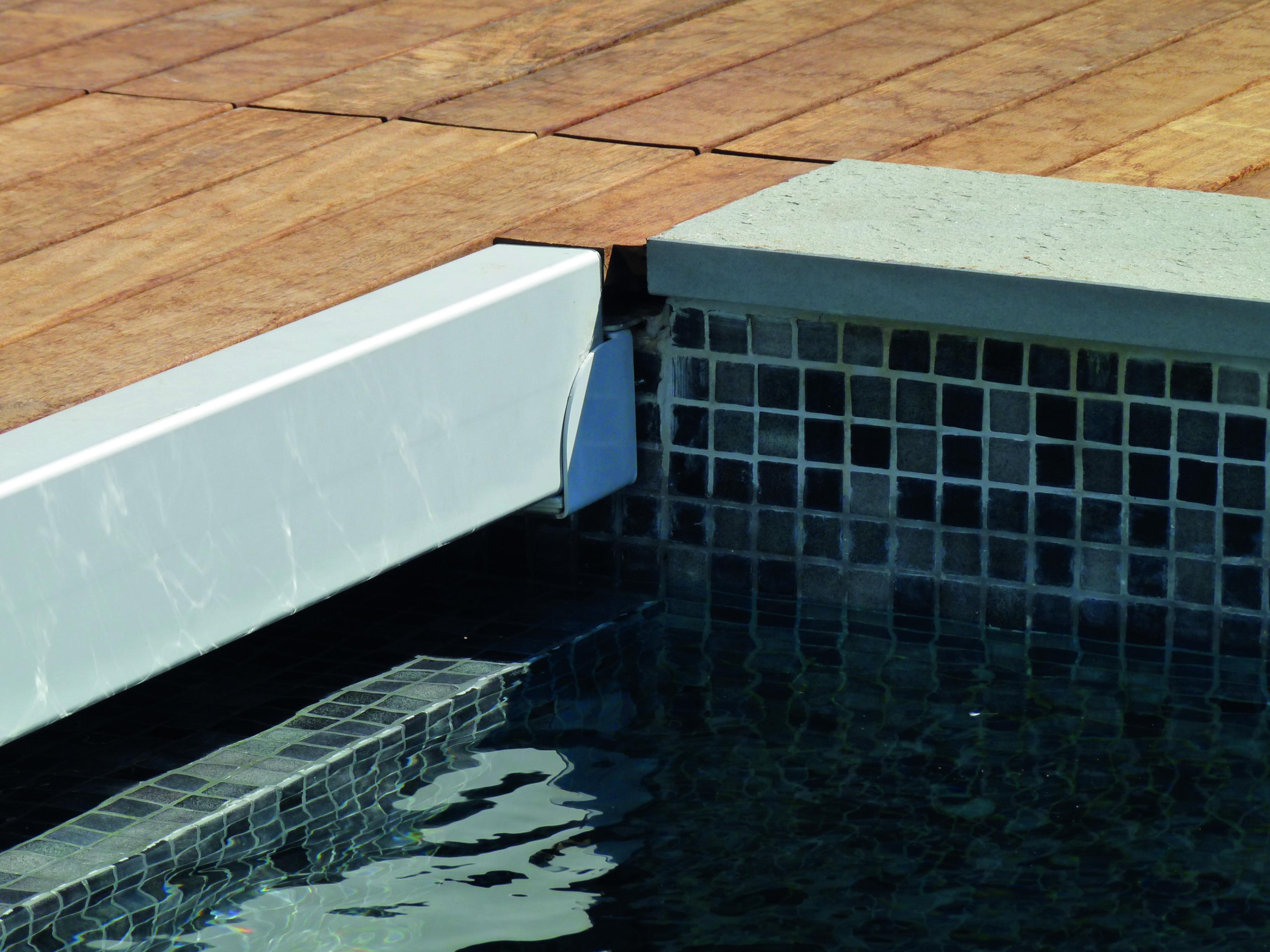 volet piscine hardcover