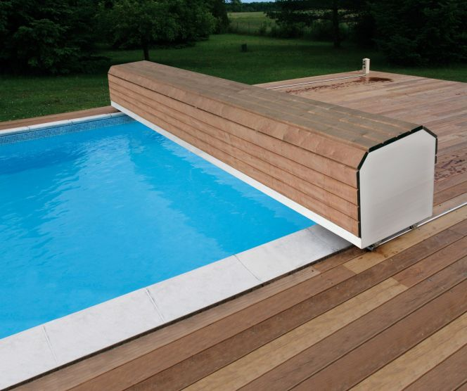 volet piscine hors sol avec banc