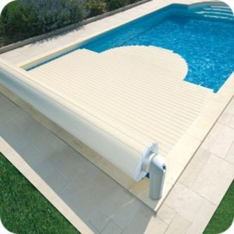 volet piscine nimes