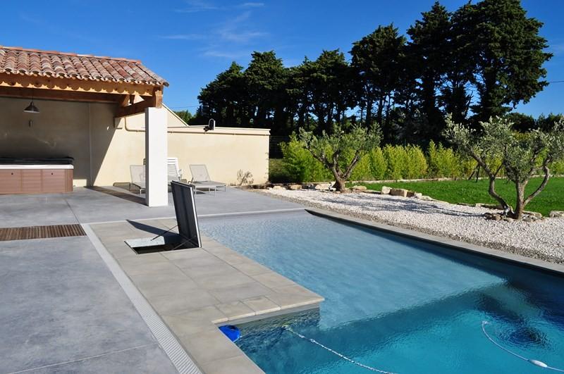volet piscine plage immergee. Black Bedroom Furniture Sets. Home Design Ideas