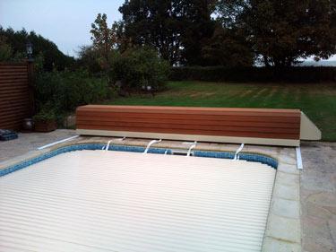 volet piscine sur rail