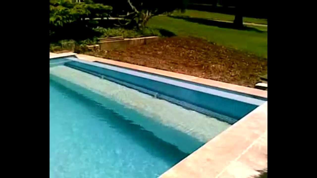 volet piscine translation