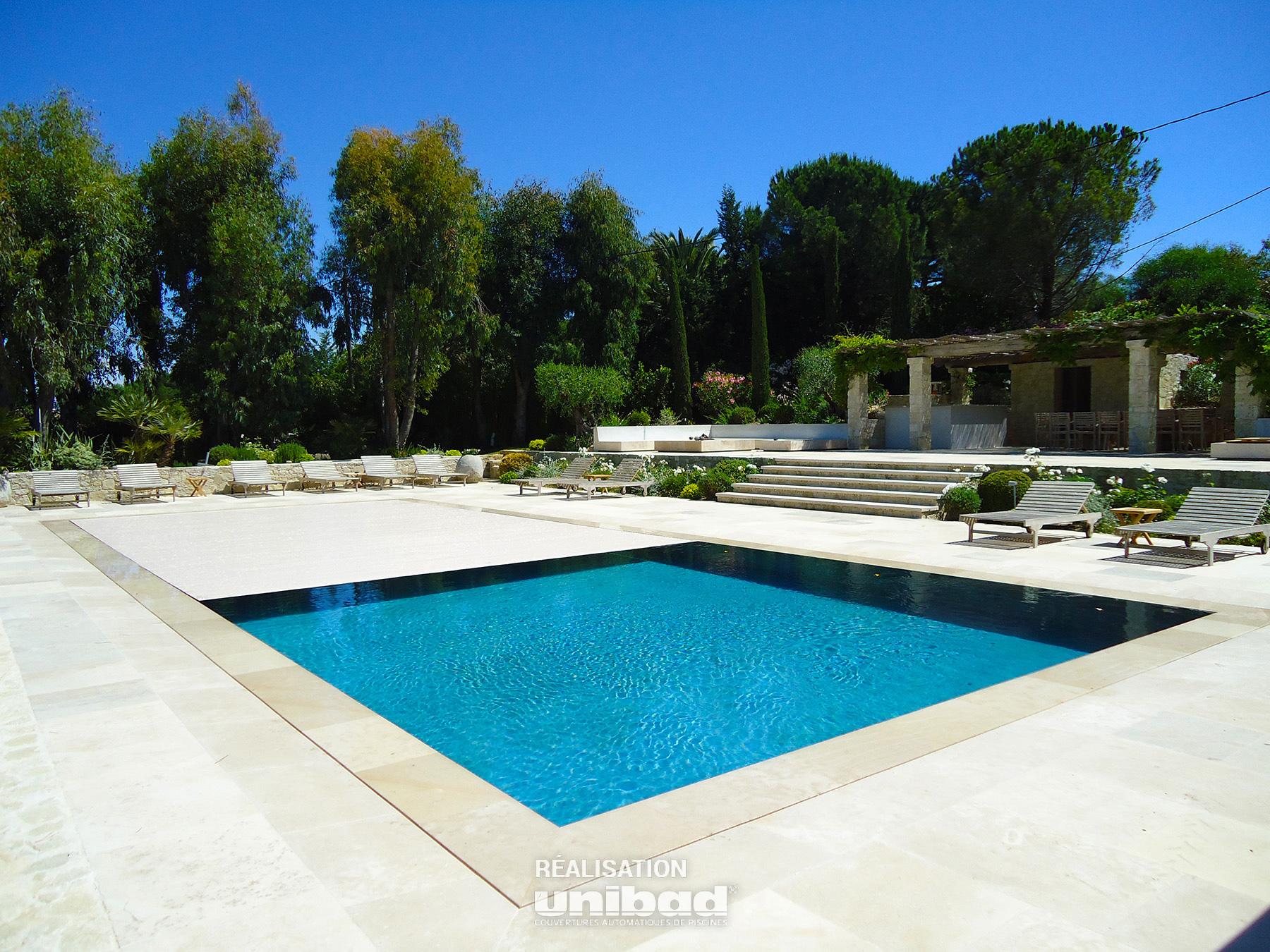 volet piscine unibad