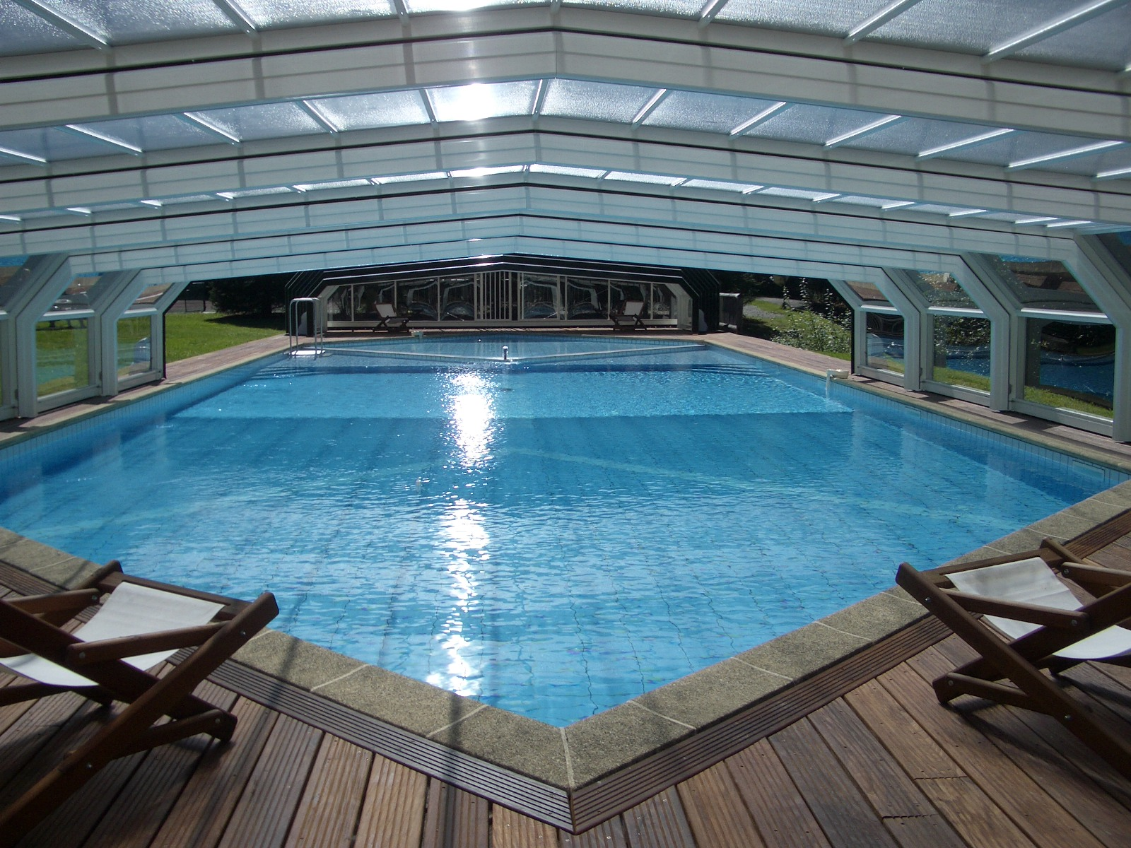 abri piscine 69