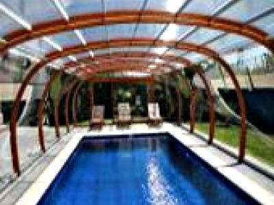 abri piscine espagne
