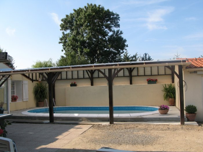 abri piscine fabrication maison