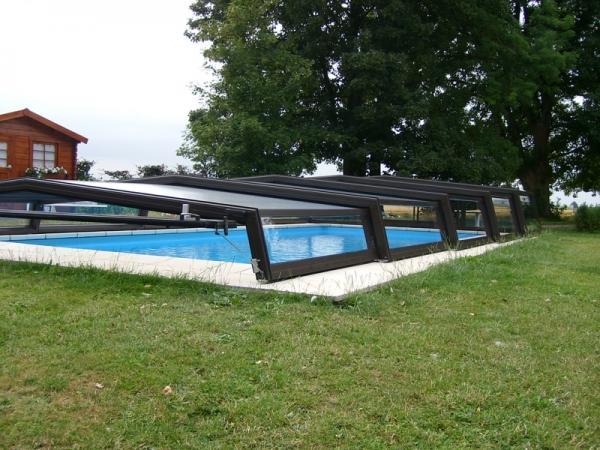 abri piscine gigogne