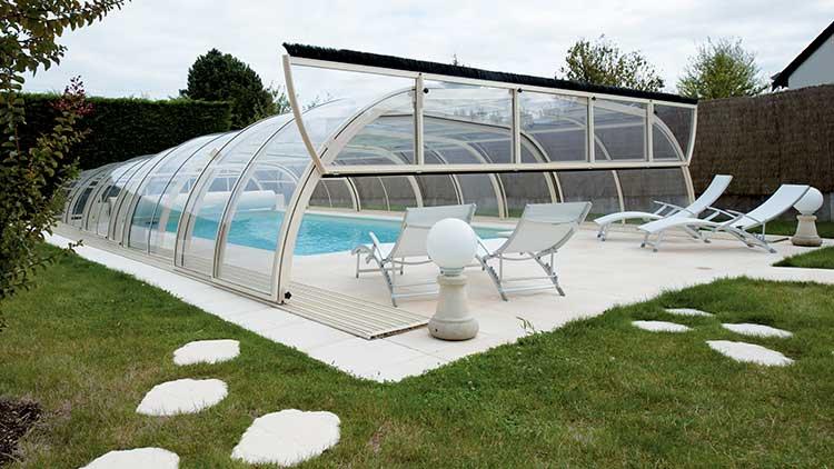 abri piscine nantes