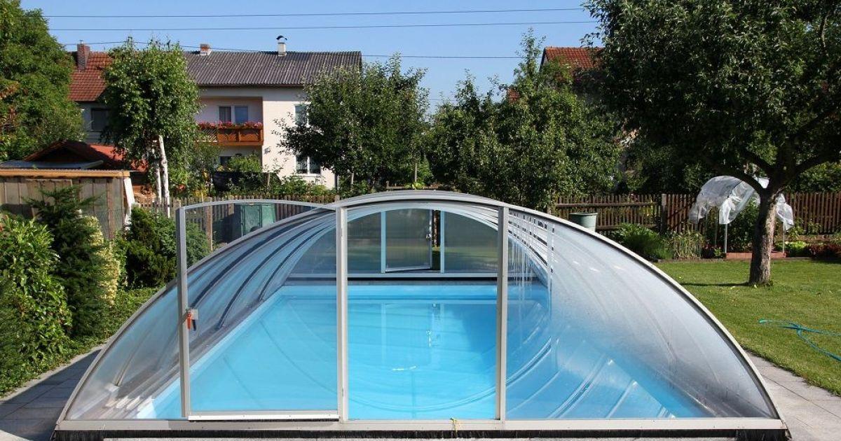 abri piscine rigide