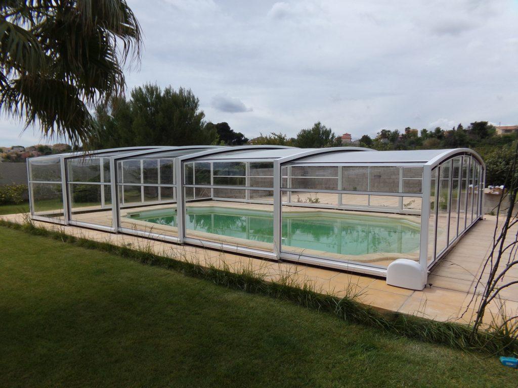 abri piscine solaire